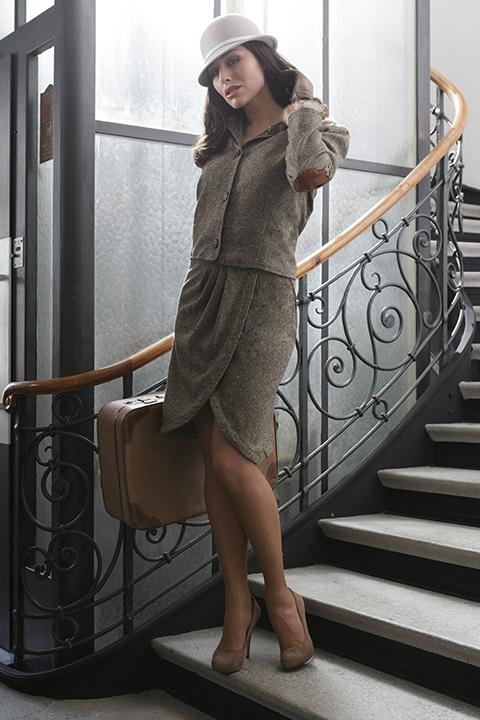 brown tweed blazer with fur trim | brown tweed skirt