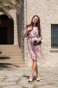 rosa Wickelkleid aus Seide | rosé Midikleid | ASITA SAHABI