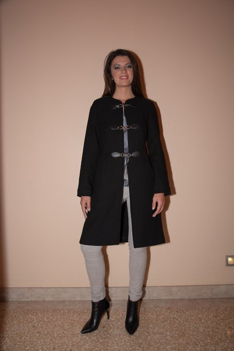 schwarzer Wollmantel | ASITA SAHABI | Winter Damenbekleidung
