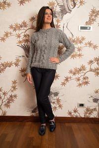 grauer handgestrickter Alpaka-Pullover | Luxus-Winterkleidung