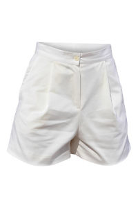 ivory pleated shorts in gabardine
