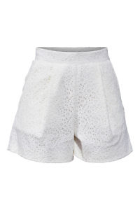 ivory cotton crochet lace shorts | ASITA SAHABI