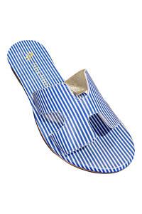 blau-weiss gestreifte Flats in H-Form | blau-weiss gestreifte Sandalen