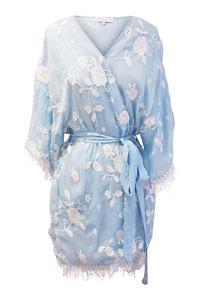 hellblauer Seidenkimono BITA | bestickter Kimono BITA