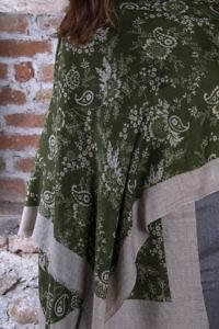 olivgrüner Pashmina mit braunem Blumenmuster | 100% Kaschmir
