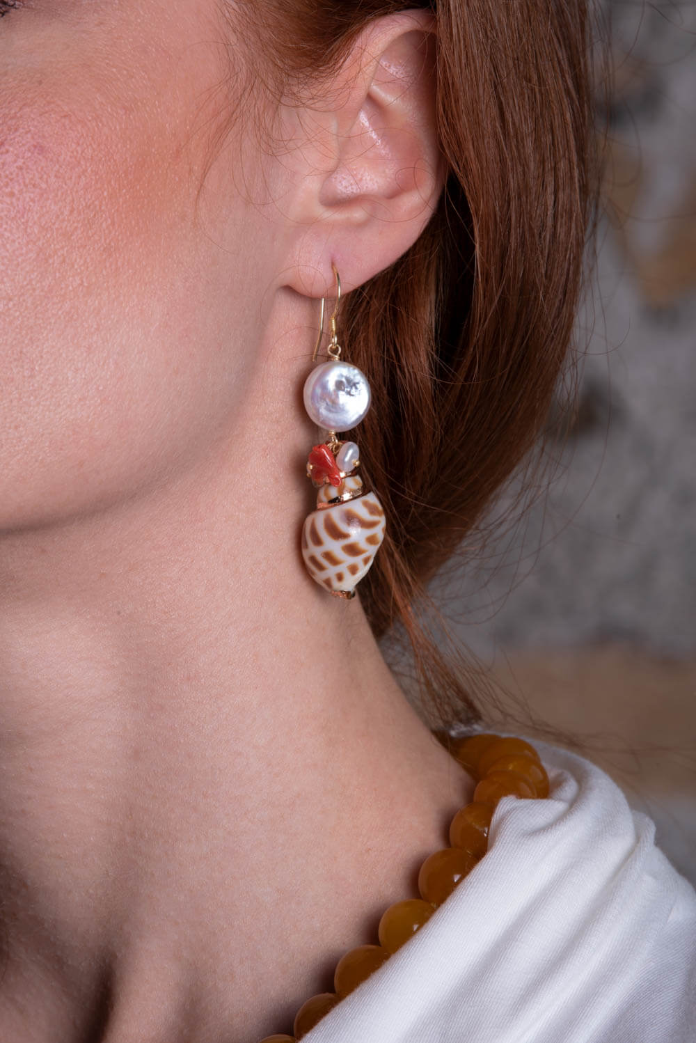 ASITA SAHABI earrings with earrings with nacre, corals and shells