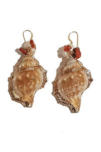 earrings with golden painted mussels SIRENE