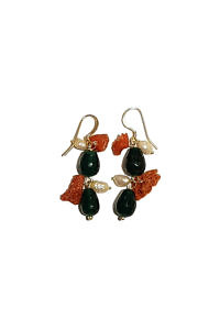 earrings with green agate, corals and sweet water pearls