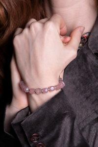 ASITA SAHABI Armband mit Rosenquarz