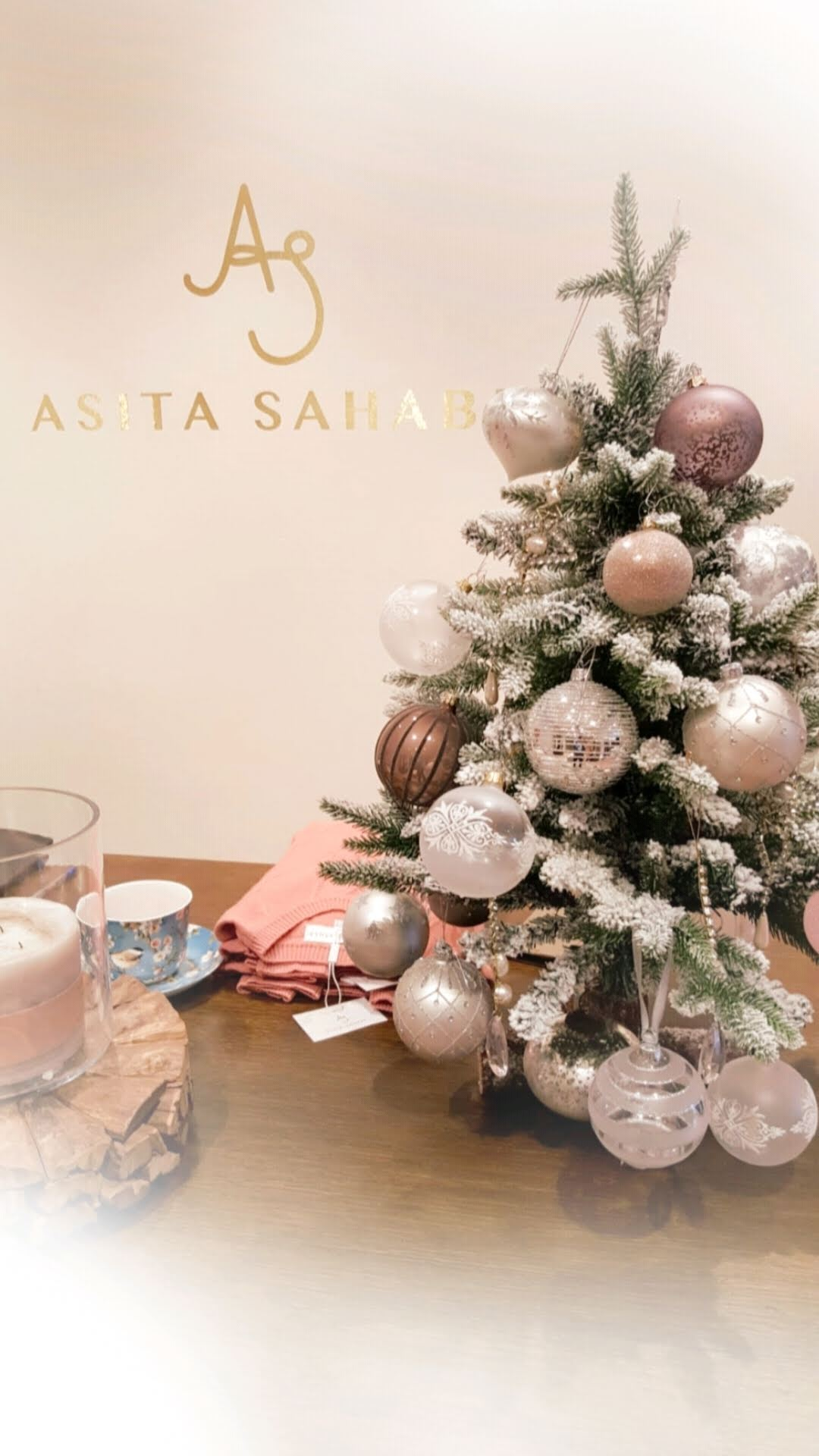 Christmas shopping in Zurich | ASITA SAHABI