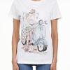 SETTEPUNTOZERO T-shirt | woman on a vespa