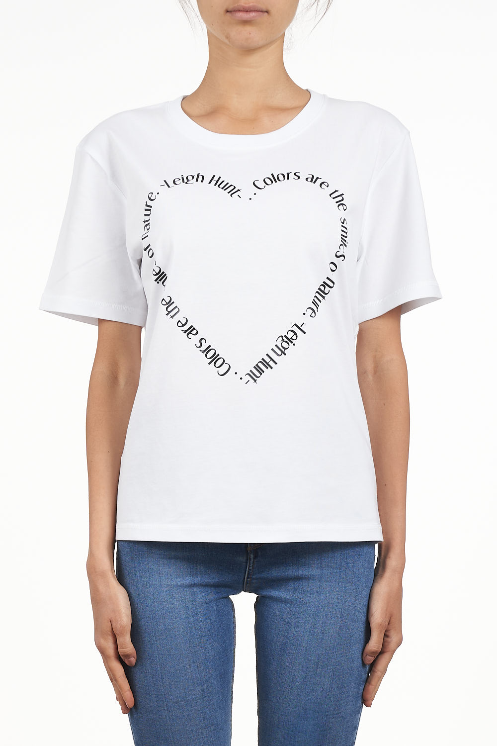 "SETTEPUNTOZERO T-shirt | love | T-shirt with heart | ""colors are the smile of nature"" slogan"